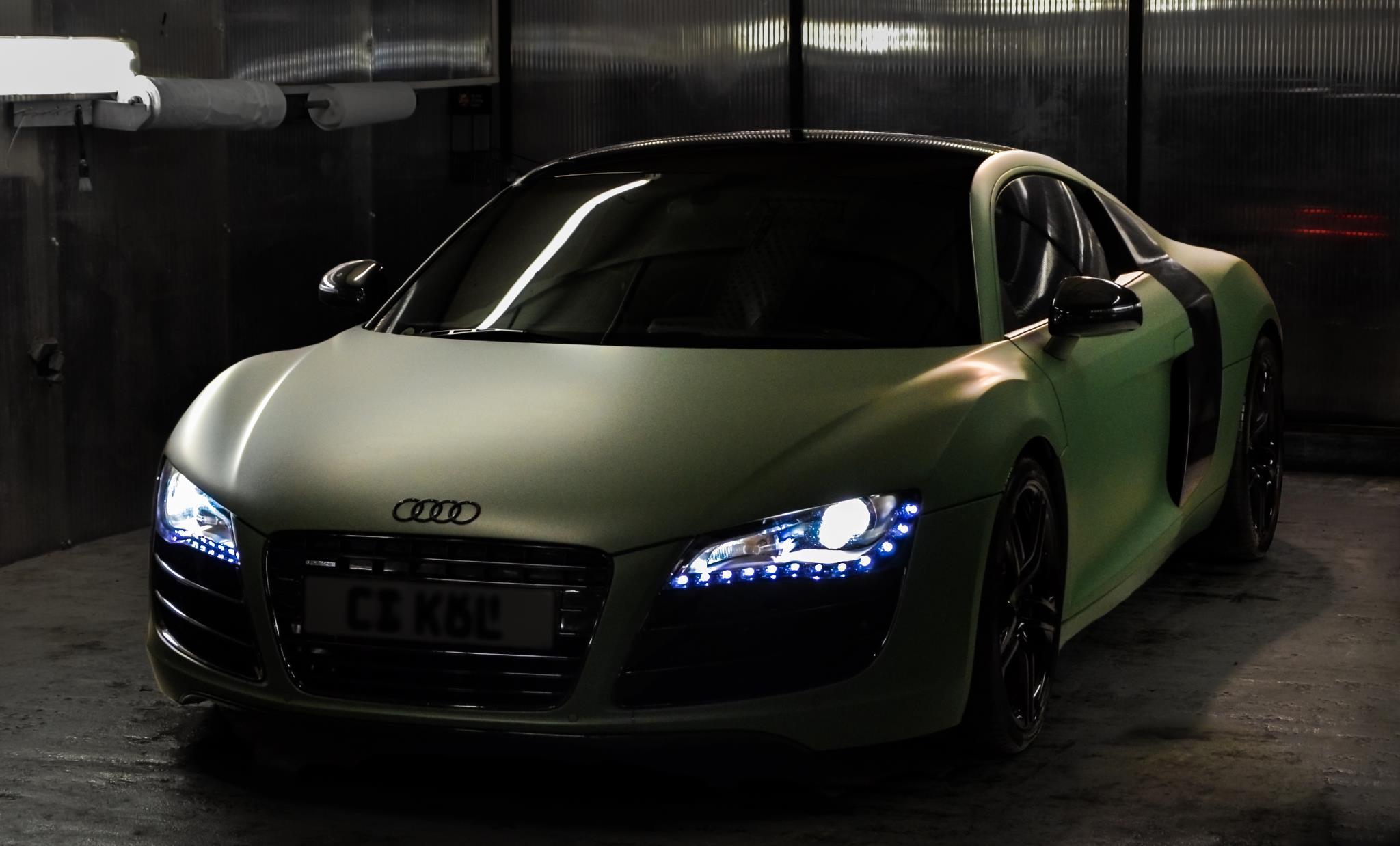 audi-r8-gets-matte-green-wrap_2