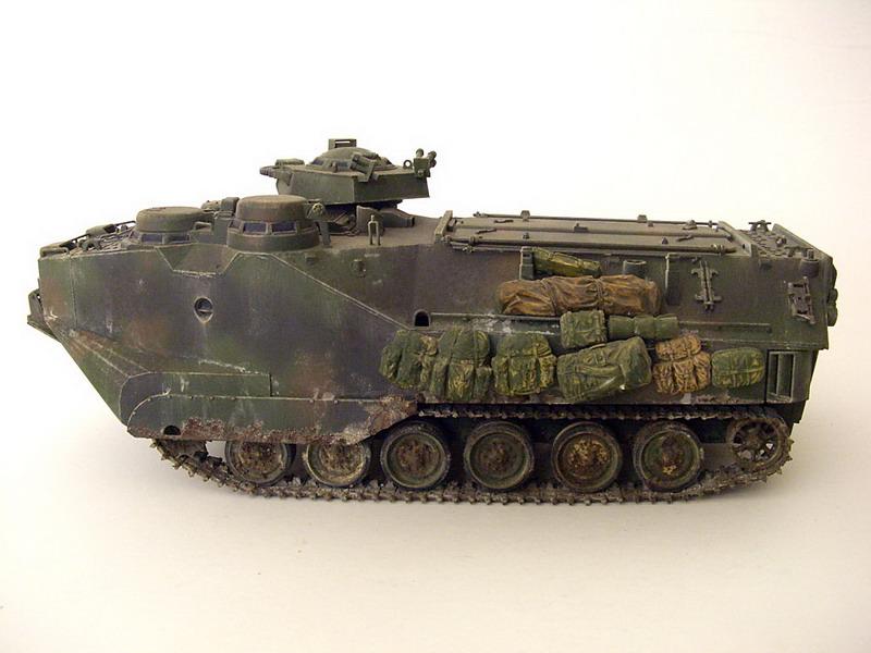 Model Kit Tamiya AAVP7
