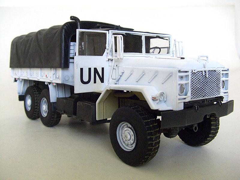 M923-UN-02
