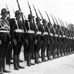 Mereplika Seragam SS Nazi