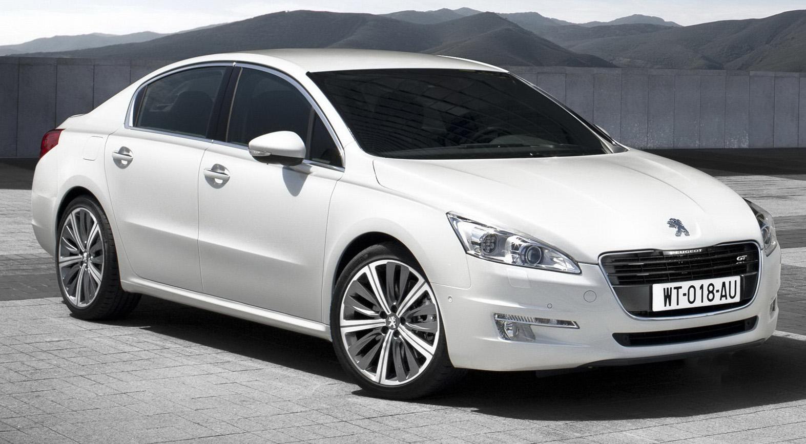Melihat-Lihat Peugeot Terkini