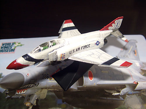 Diecast Pesawat World Wings Museum Phantom II Series