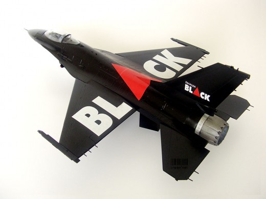 F-16 Djarum Black Version