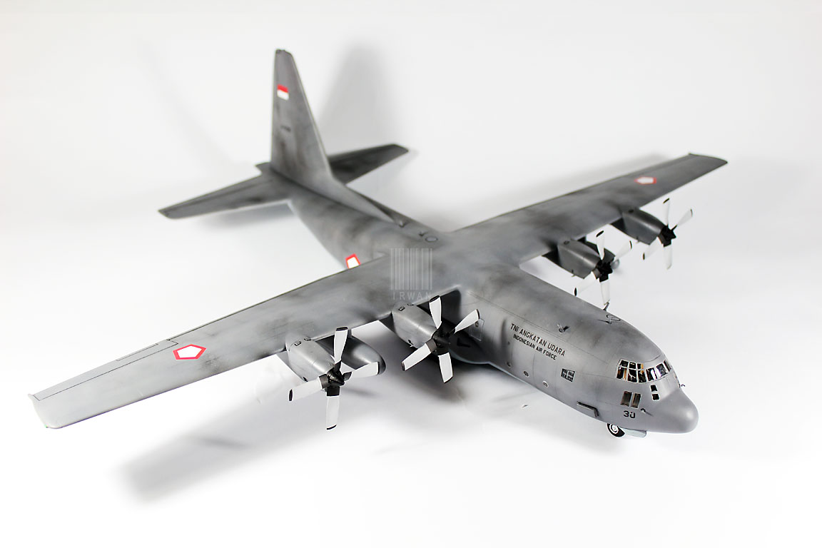 Model Kit C-130H Hercules TNI-AU